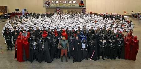 501st Legion (Vader First) al completo. Pulsa y amplia, es la friolera de 600Kb!