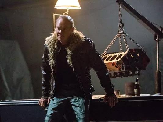 Michael Keaton, un Buitre de andar por casa, millonario pero de andar por casa