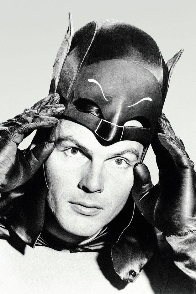 """""""Santos morcegos Batman""""... Adam West ha fallecido"""
