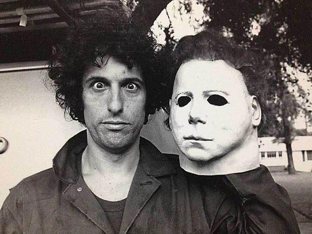 Nick Castle en aquel 1978 junto a la máscara del icónico Michael Myers