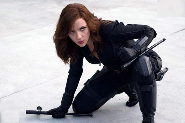 Siempre en modo secundario, ha llegado la hora de Black Widow (Scarlett Johansson)