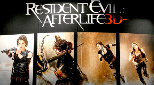 Banner de Resident Evil: ultratumba presentado en la Comin-Con