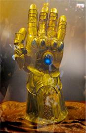 Marvel Studios presenta el Guantelete del Infinito que veremos en Thor