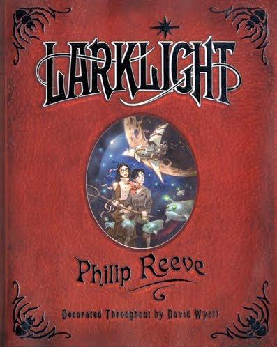 Cubierta de Larklight de Phillip Reeve