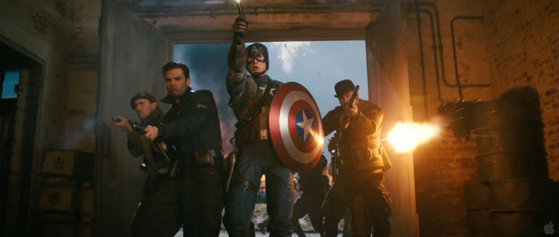 El Capitán América comandando a los Comandos Aulladores