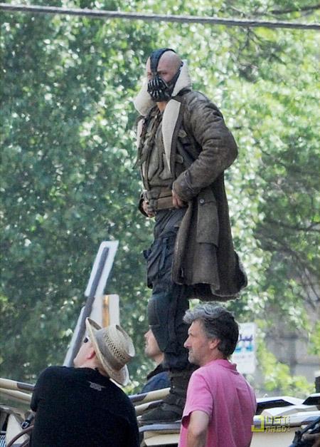 Saludad a Bane (Tom Hardy) al completo
