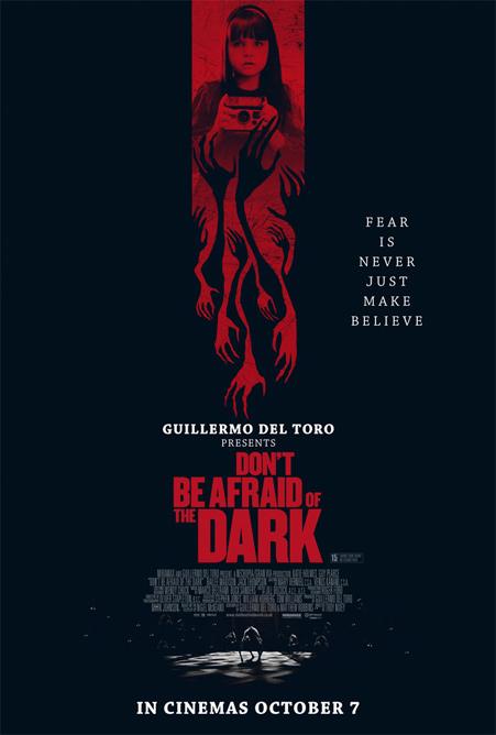 Nuevo cartel para la promoción en el Reino Unido de No tengas miedo a la oscuridad
