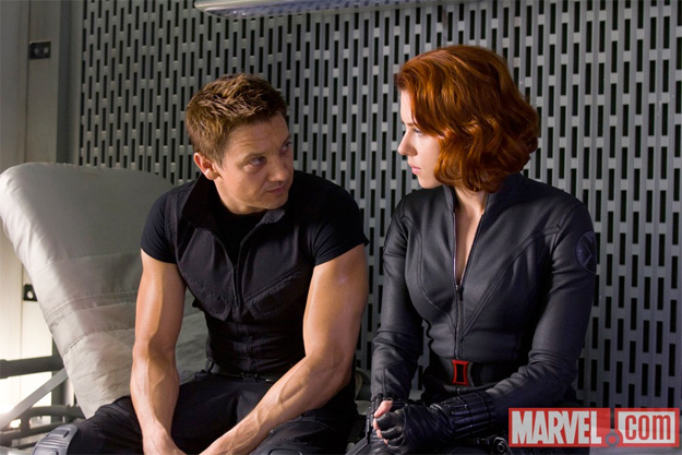 Hawkeye y Black Widow en Los Vengadores