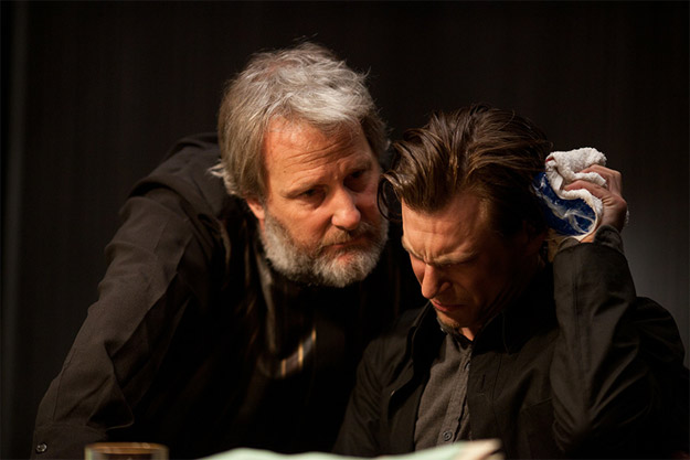 Primer vistazo a Jeff Daniels en Looper de Rian Johnson