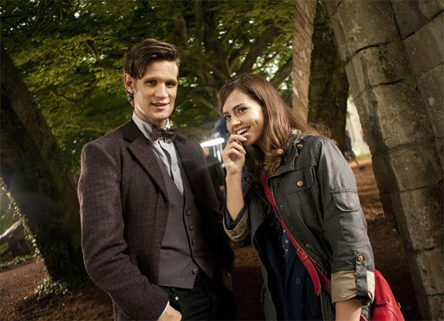 Primera imagen oficial del Doctor Who (Matt Smith) con su nueva compañera Clara (Jenna-Louise Coleman)