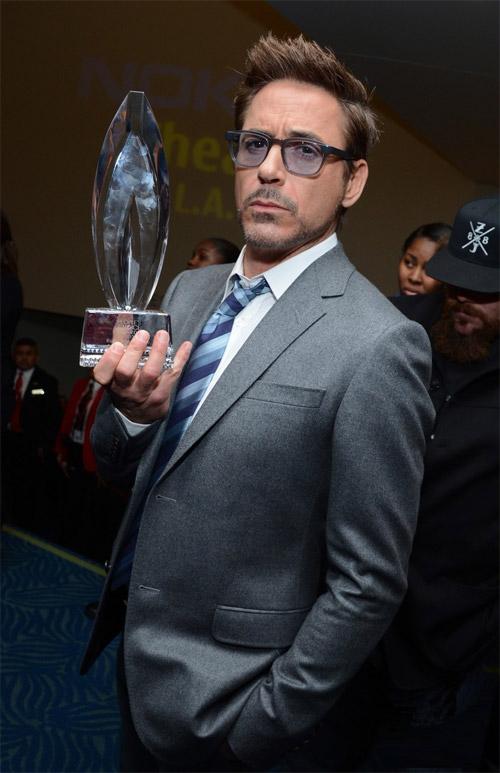 Tony Stark, digo Robert Downey Jr., digo Tony Downey Jr, digo Robert Stark
