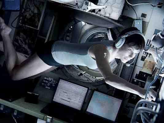 Primer vistazo en minitraje de faena en Gravity de Alfonso Cuarón