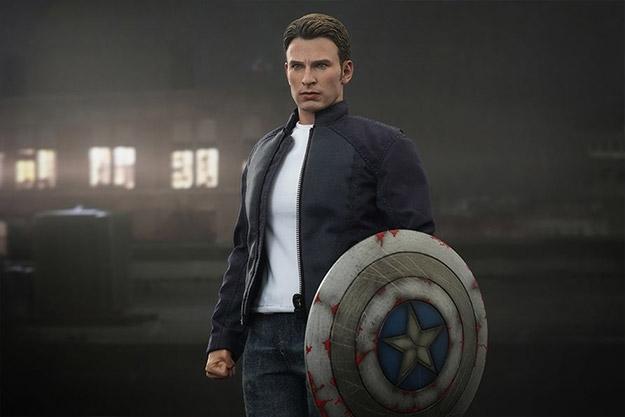 Marvel Captain America and Steve Rogers Marvel Sixth Scale Figure Set