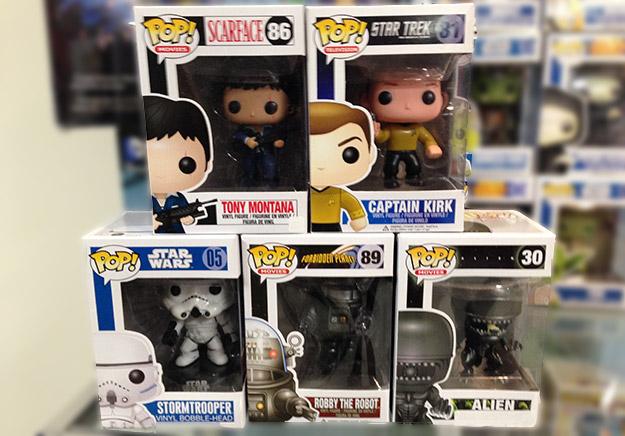 Tony Montana, James T. Kirk, un StormTrooper, Robby el Robot y Alien