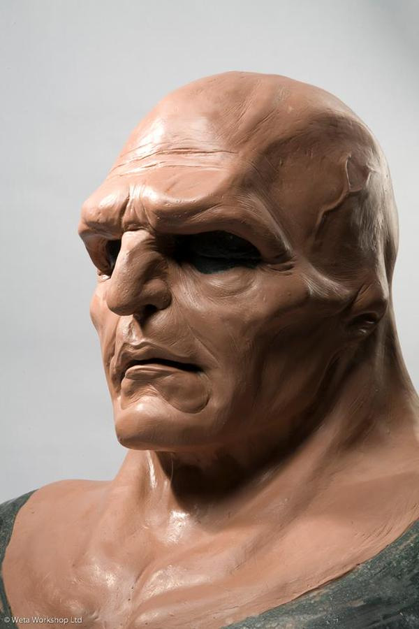 El rostro del Detective Marciano... cumplía