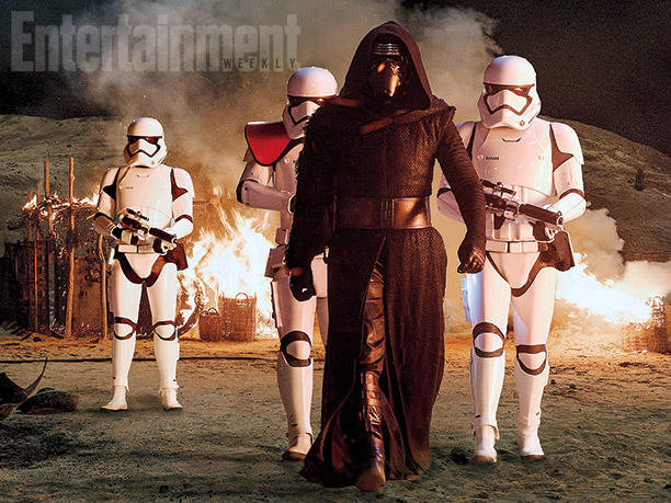 Adam Driver como Kylo Ren y varios Stormtroopers