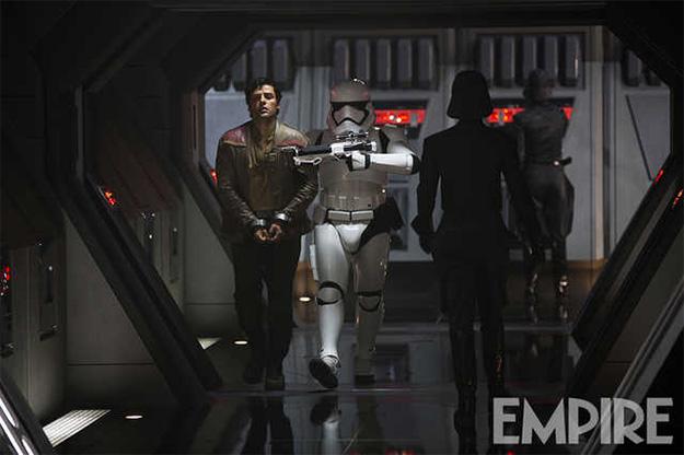 Poe Dameron (Oscar Isaac) en una nueva imagen de Star Wars: El Despertar de la Fuerza