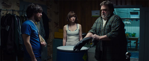 John Gallagher Jr., Mary Elizabeth Winstead y John Goodman
