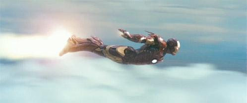 Iron Man volando...