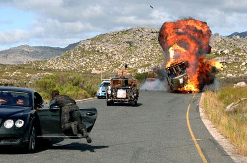 Esta escena recuerda a Mad Max 2