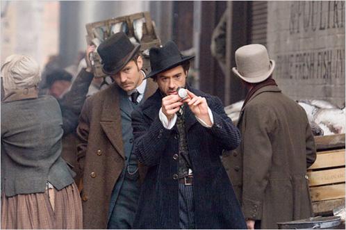 Holmes (Robert Downey Jr.) y su inseparable Watson (Jude Law) siguen la pista de algo... o alguien