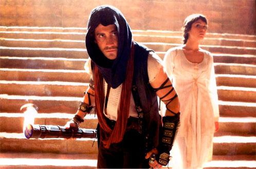 Jake Gyllenhaal como el Príncipe Dastan y Gemma Arterton como Tamina